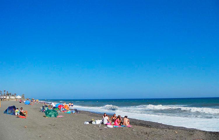 Playa-naturista-Almayate