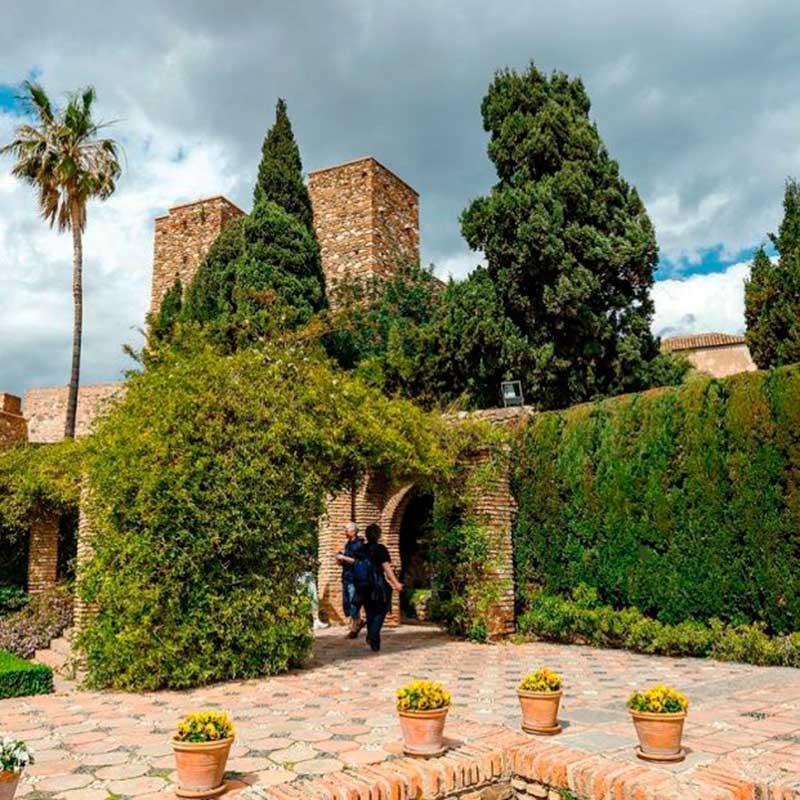 jardines del alcazaba de malaga